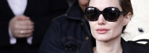 Post image for Angelina Jolie visits Amsterdam