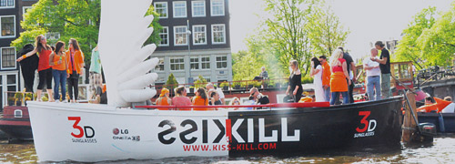 Post image for Kiss&Kill at Dutch Queensday in Amsterdam
