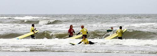 Post image for Lekker een uurtje surfen tijdens de Day at the Beach